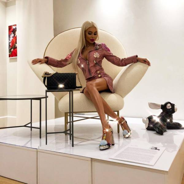 Polish Girl Spends Almost $40,000 To Turn Into A Barbie