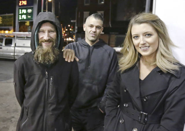 This Homeless Guy Has Earned Himself A Fortune Just By Being Good To People