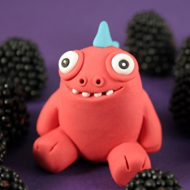 Modeling clay monsters (70 photos)