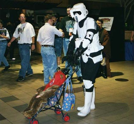 Stormtroopers in everyday life (23 photos)