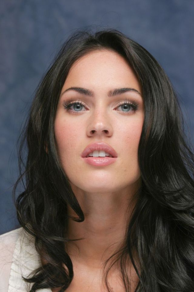 Megan Fox (8 photos)