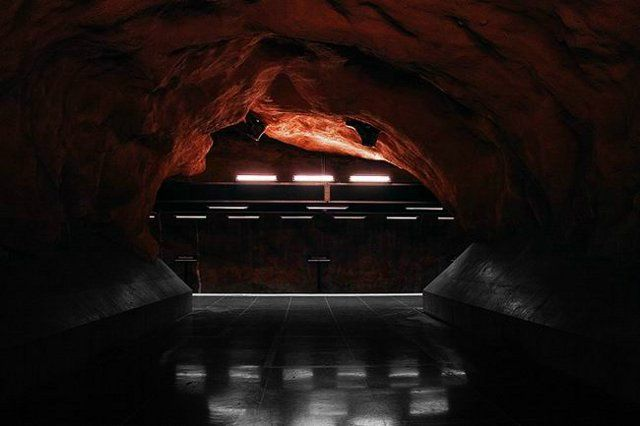 Stockholm subway, very creative! (17 photos)