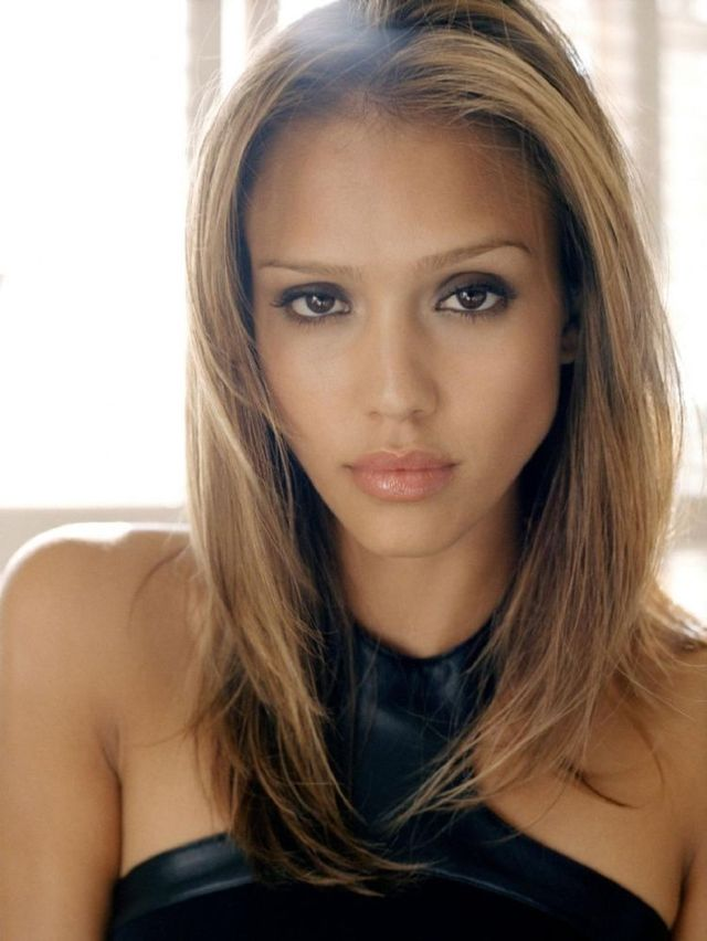 Jessica Alba in Zinc magazine (8 photos)