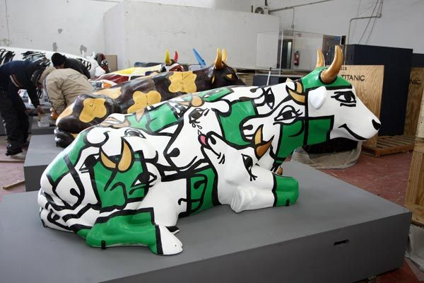 Cow Parade in Madrid (22 photos)