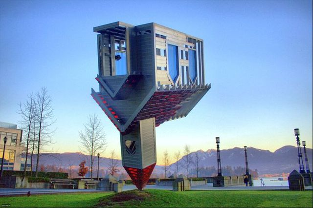 Interesting buildings (53 photos)