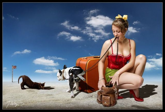 Girls and animals (9 photos)