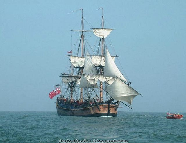 Turk pirate ship (12 photos)
