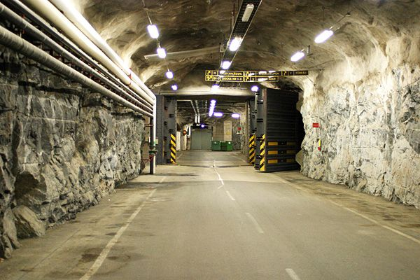 Underground Swedish base (17 photos)