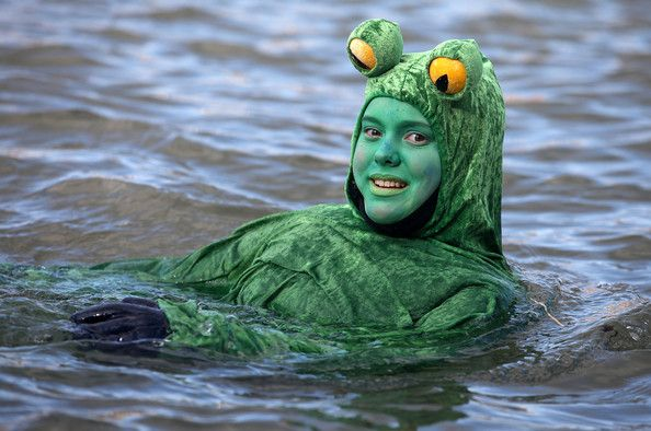 Neuberg. Unusual swimming (17 photos)