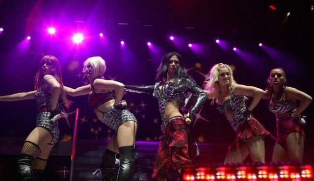 Pussycat Dolls concert in Amsterdam (17 photos)