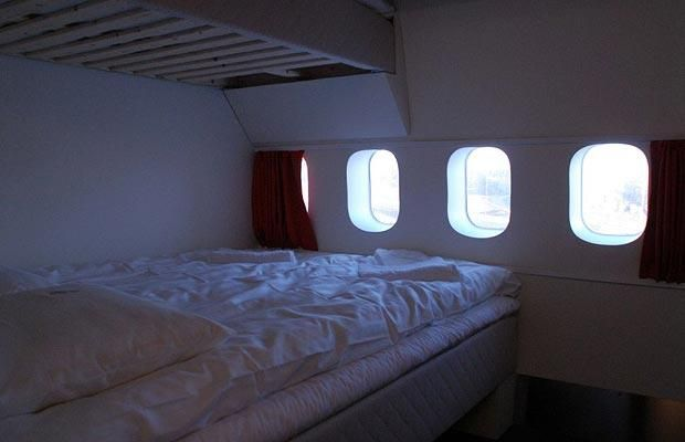 Plane converted into a hostel in Stockholm (14 photos)