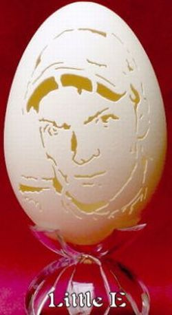 Eggshell Art (9 photos)