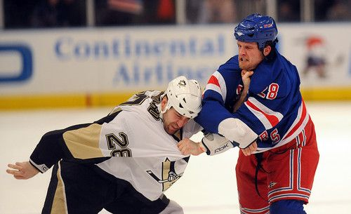 Hockey is a sport for men (33 photos)