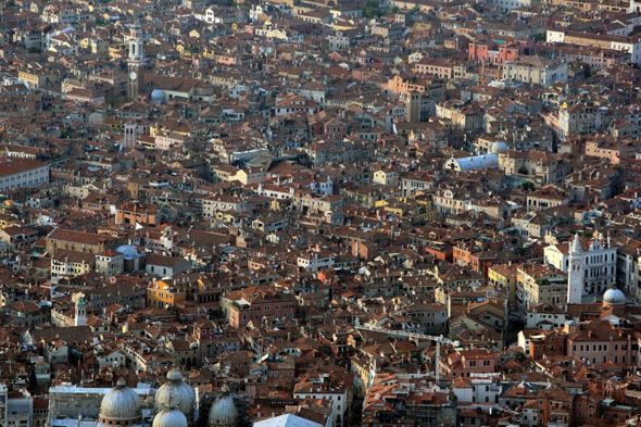 Venise from above (7 photos)
