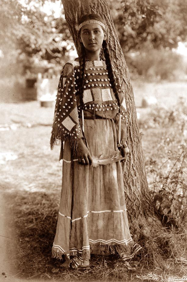 Pictures of native Americans (11 photos)