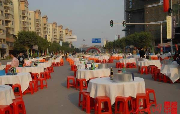 Celebration in China. Not bad, nothing to say…)) (22 photos)