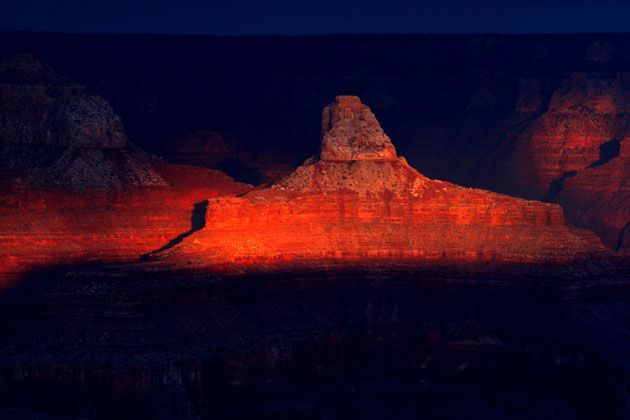 Sunrise and sunset in the Grand Canyon (11 photos)
