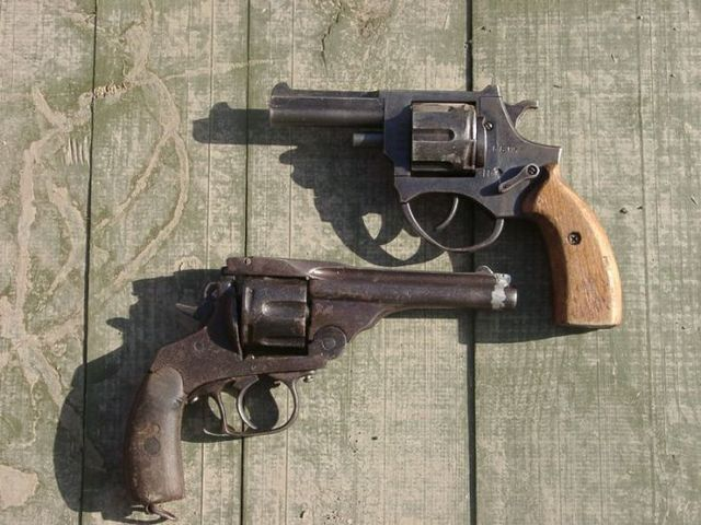 Samples of hand made guns (11 photos)