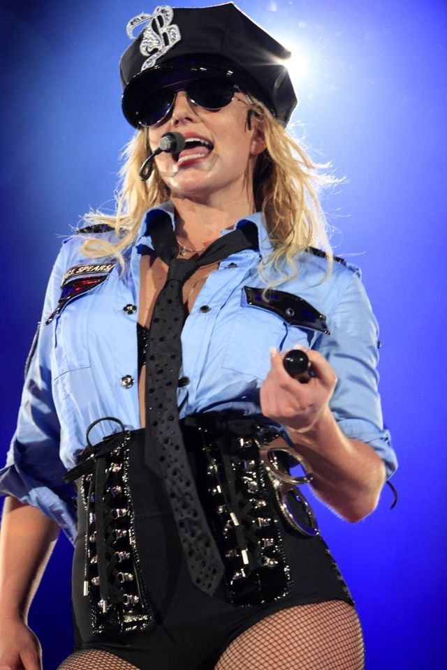 "New pics from the Brtiney Spears' tour ""The Circus"" (25 photos)"