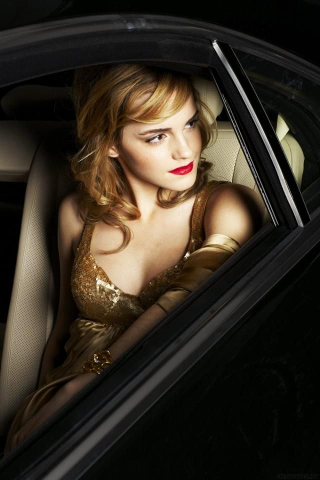 Emma Watson New Photo Shoot 15 Photos