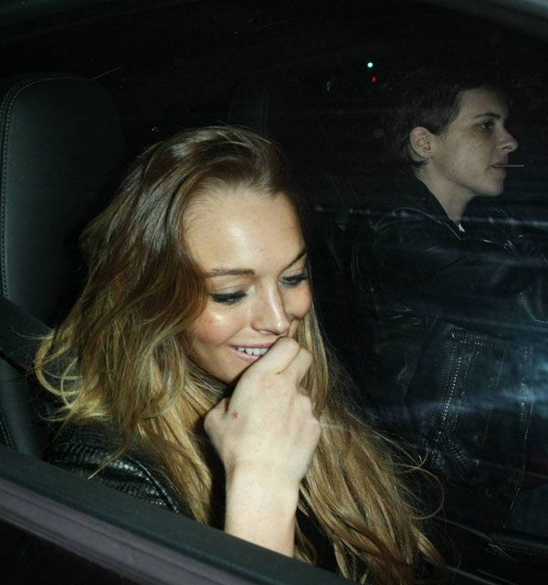 Lindsay Lohan looks sober of the day (9 photos)