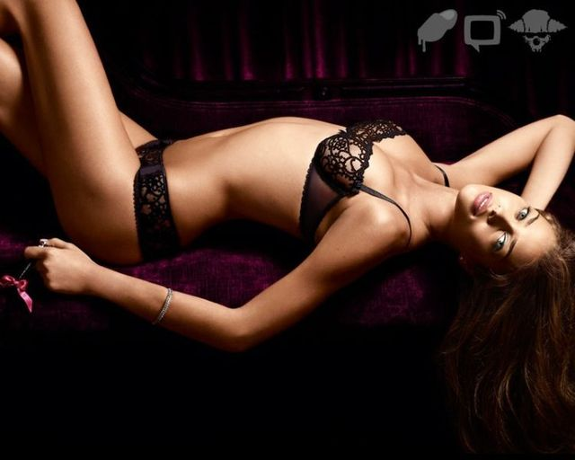Ana Beatriz Barros in the lingerie (14 photos)