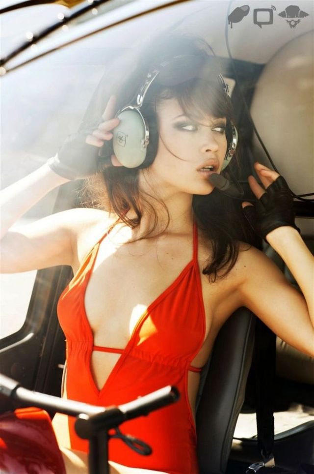 Olga Kurylenko, the James Bond girl (6 photos)