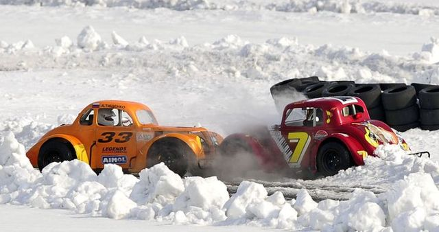 Legends car race (11 photos)
