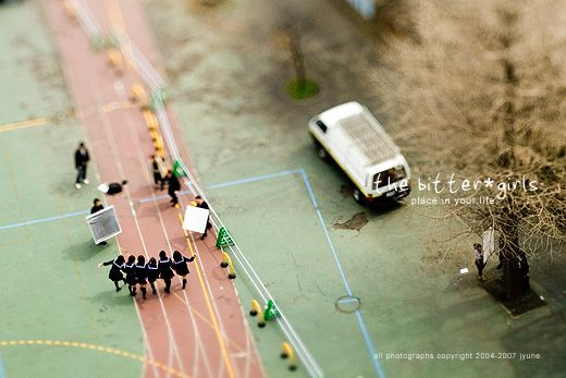 World of little people. Great pictures done with a tilt-shift technique (60 photos)