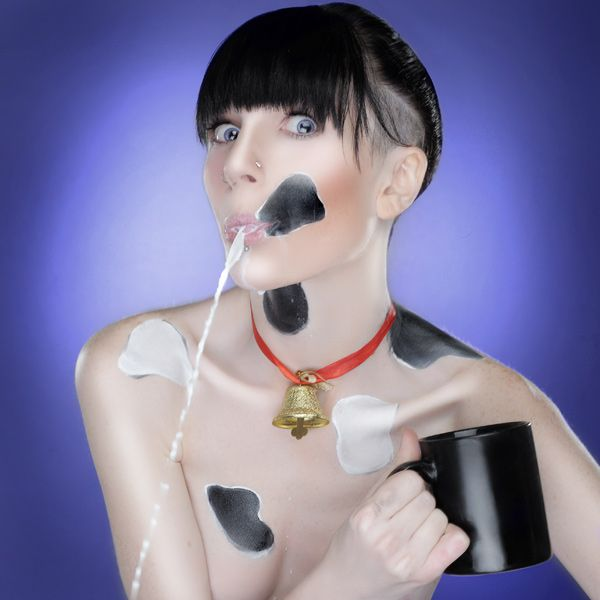 Excellent milk ad with pretty girls (11 photos)