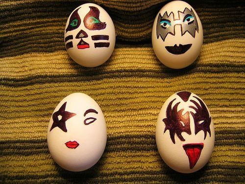 Funny eggs (10 photos)