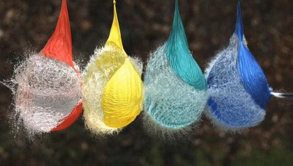 Darts and water balloons (15 photos)