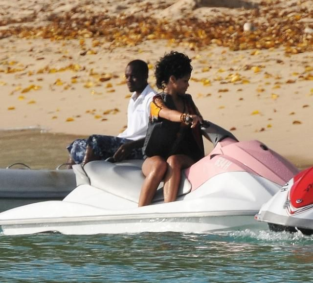 Rihanna and Katty Perry in Barbados (16 photos)