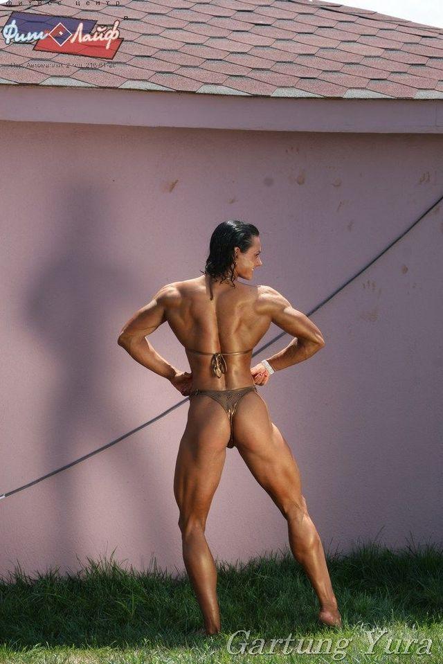 Maria Kuzmina – fitness world's champion (15 pics)
