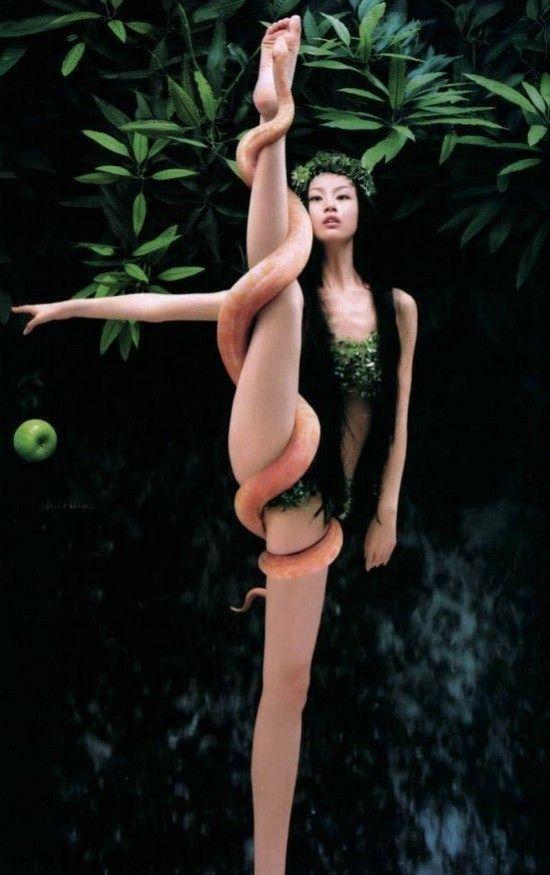 Unusually flexible girls (40 photos)