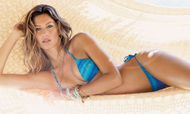 Gisele Bundchen in blue bikini