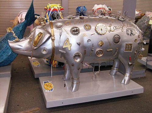 http://izismile.com/img/img2/20090611/bonus//5/pigs_10.jpg