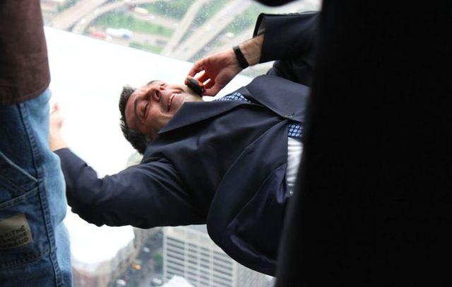 صور بلكونة شفافة في الدور 103لا يفووووتكم Sears_tower_balconies_06