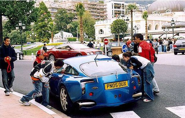 Super cars in Monaco (40 pics)