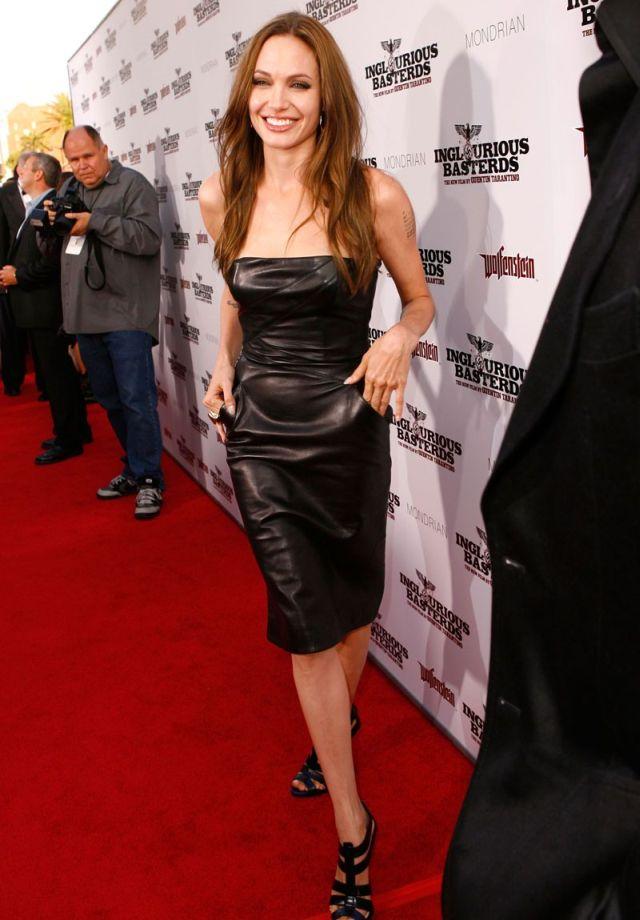 angelina jolie 11 - Angelina Jolie