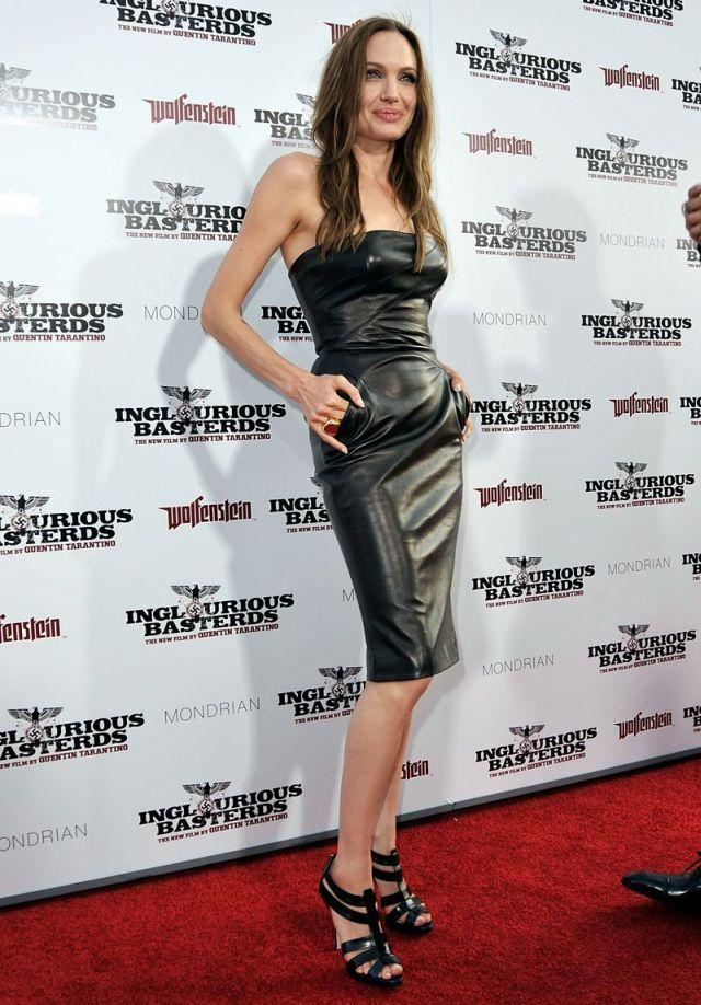 angelina jolie 12 - Angelina Jolie