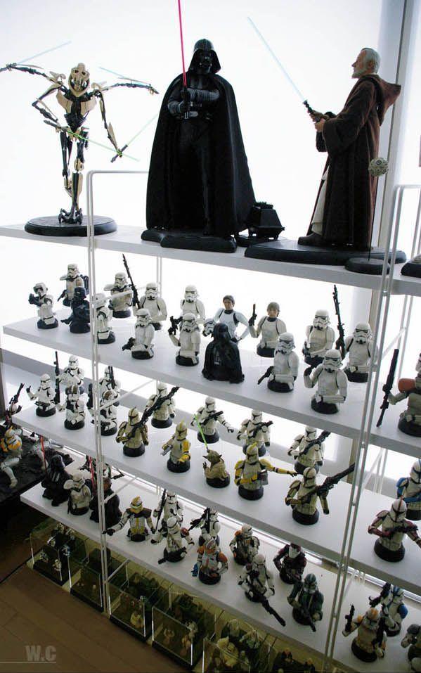 una coleccion de star wars Incredible_star_wars_collection_15