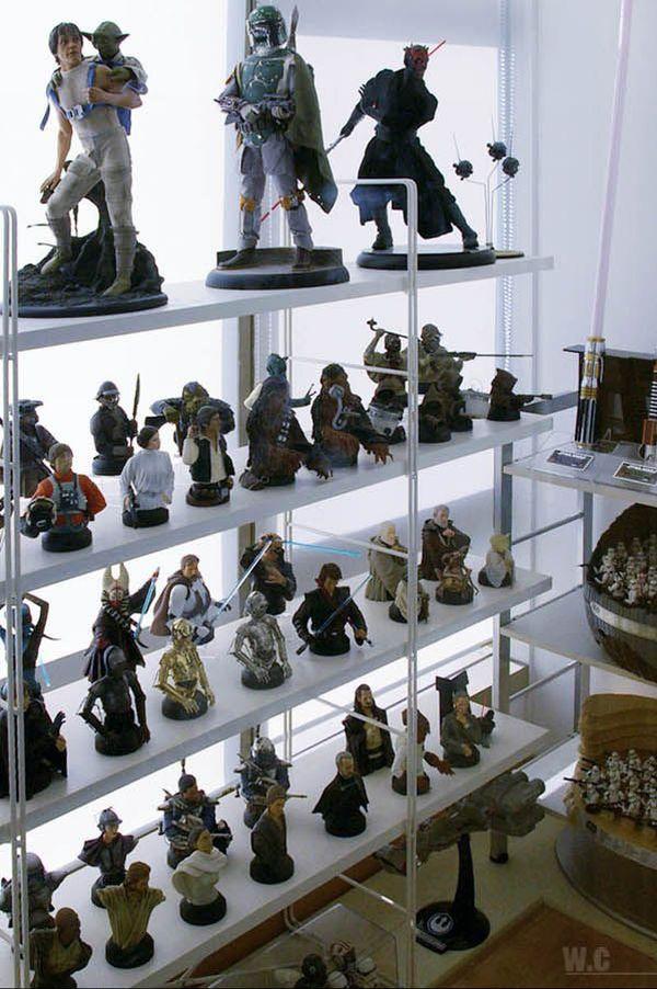 una coleccion de star wars Incredible_star_wars_collection_17