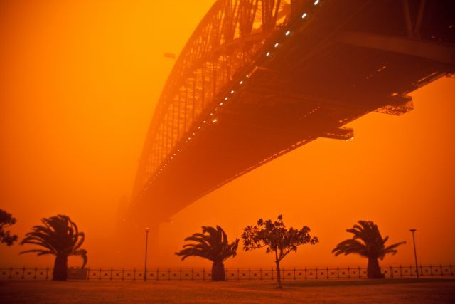 dust storm 11 - Sand storm in Sydney