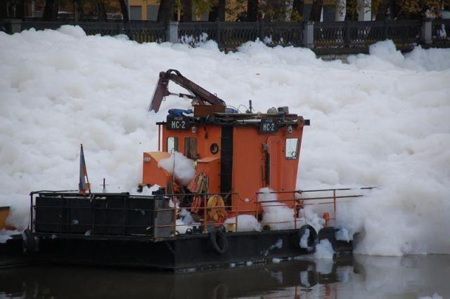 river foam 01 - A river full of foam