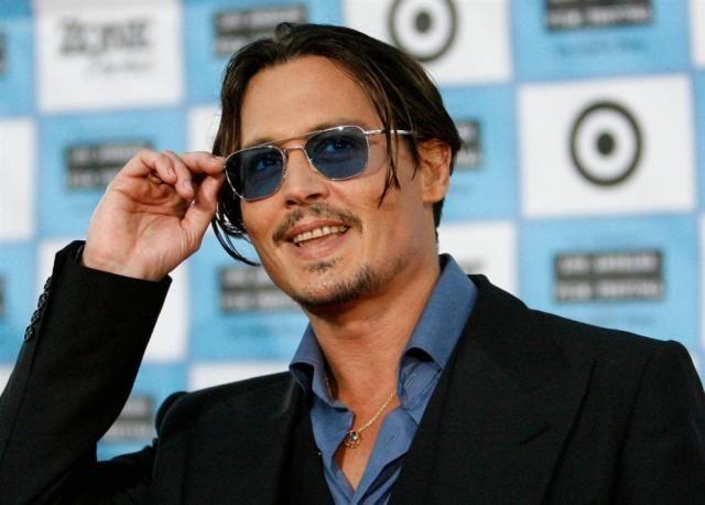 johnny depp 11 - Johnny Depp Fan Clup