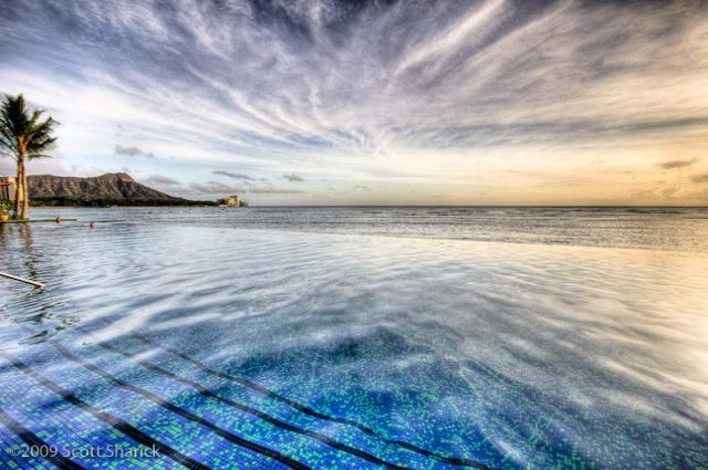 Gorgeous Places to Swim (25 pics)