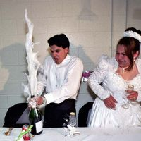 Wedding Moments That Were Suddenly Ruined  (29 pics + 6 gifs)