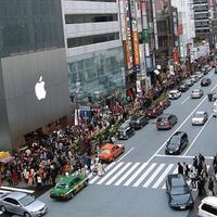 The Crazy Queues for the iPhone 6 Worldwide  (22 pics)