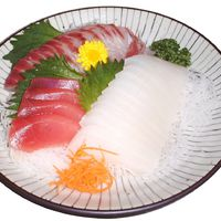 When You See These Pics You Will Never Eat Sashimi Again  (4 pics)